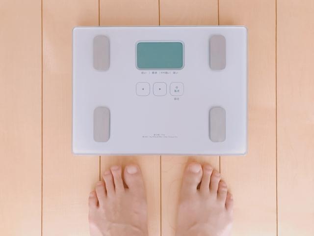 ダイエット停滞期の賢い乗り越え方:体重計に乗らない
